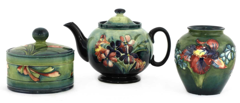 Lot 221 - A Moorcroft teapot