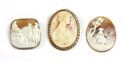 Lot 23-A gold mounted shell cameo