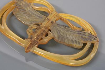 Lot 115 - An Art Nouveau carved horn buckle