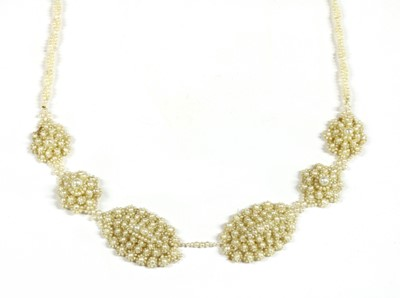 Lot 38 - A seed pearl necklace