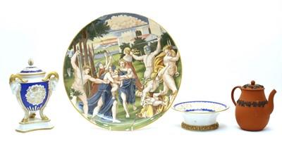 Lot 196 - A collection of decorative ceramics