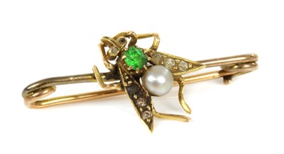 Lot 98 - A cased Victorian gem set fly or insect brooch