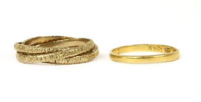 Lot 92 - A 22ct gold D section wedding ring