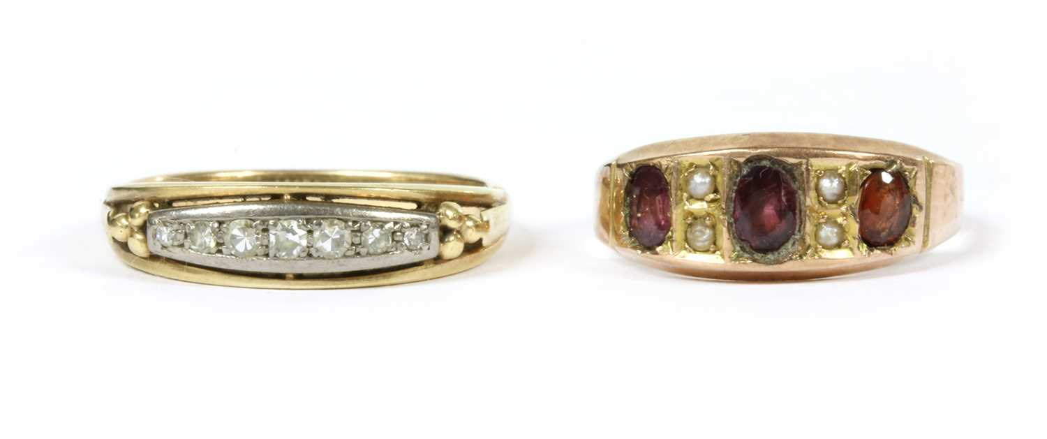 Lot 4 - A gold seven stone diamond ring