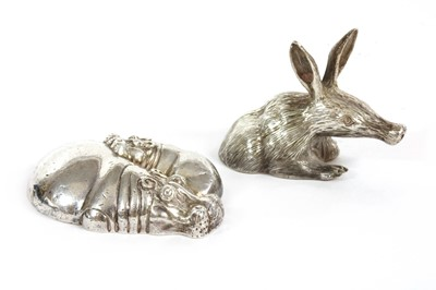 Lot 51 - A contemporary sterling silver sculpture of a hippopotamus and calf, by Patrick Mavros