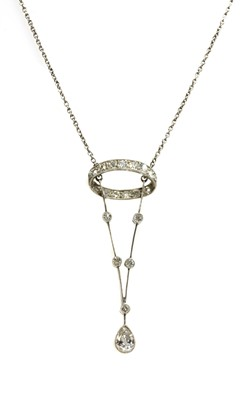 Lot 1 - An Edwardian diamond pendant