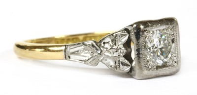 Lot 7 - A gold single stone diamond ring