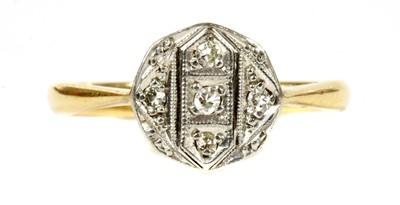 Lot 65 - A gold diamond ring