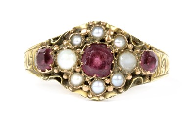 Lot 8-A Victorian 15ct gold garnet and split pearl cluster ring