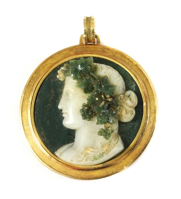 Lot 61 - A cased early 19th century Italian, circular hardstone cameo pendant