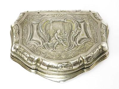 Lot 27 - A Dutch silver box