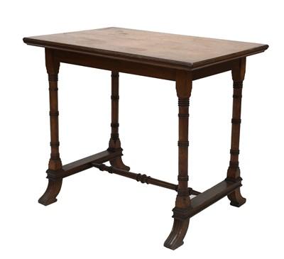 Lot 15 - An oak side table
