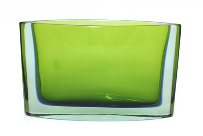 Lot 397 - A Seguso Sommerso green and blue glass vase