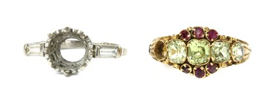 Lot 6 - A Victorian 15ct gold chrysoberyl and ruby ring