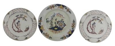 Lot 94 - A pair of Bristol delft plates.