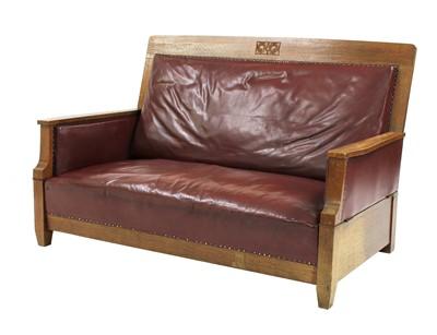Lot 45 - An Arts & Crafts oak settee