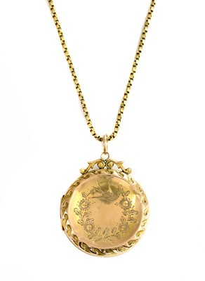 Lot 5 - A 9ct back and front locket