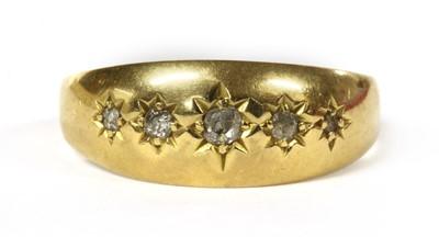 Lot 7 - An 18ct gold five stone diamond ring