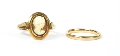 Lot 59 - A 9ct gold court section wedding ring