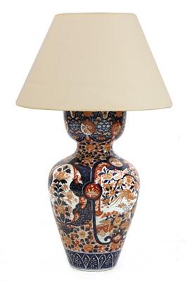 Lot 17 - A large Imari table lamp and shade