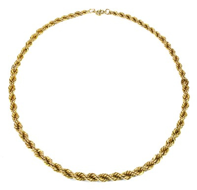 Lot 40 - A gold graduated rope link chain