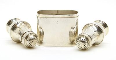 Lot 22 - A silver tea caddy