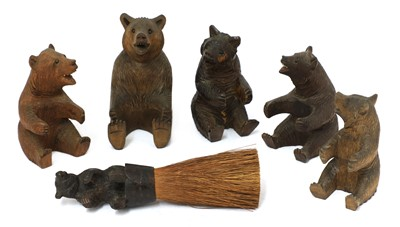 Lot 70 - A group of five carved wooden Black Forest bears