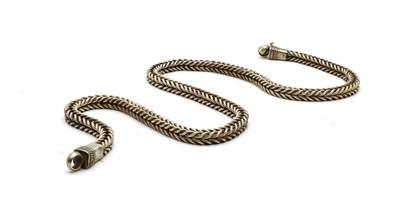Lot 49 - An Omani silver chain