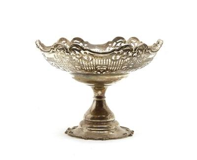 Lot 16 - A modern silver fruit pedestal