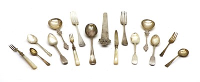 Lot 46 - Various silver cutlery