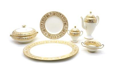 Lot 23 - A Wedgwood Gold Florentine dinner/tea service