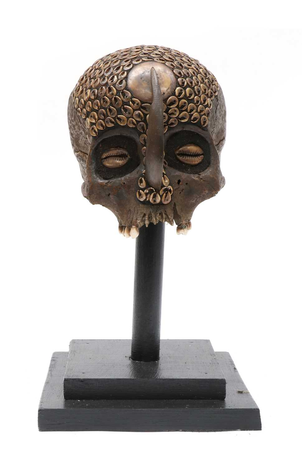 Lot 88 - A DAYAK HEADHUNTER TROPHY