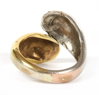 Lot 75 - A two colour gold ring