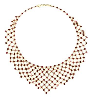 Lot 112 - A gold ruby bib-style necklace