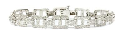 Lot 98 - A 9ct white gold diamond set bracelet