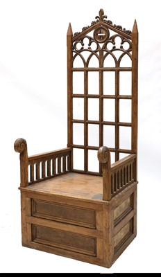 Lot 424 - BISHOP'S CHAIR
