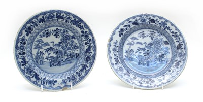 Lot 82 - A pair of 18th century Delft plates
