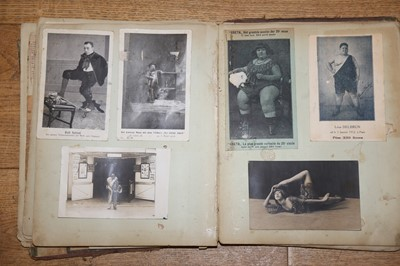 Lot 75 - FREAKS AND MORE