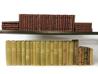 Lot 113 - 1- Shakespeare's works: 39 volumes of the Dent pocket edn