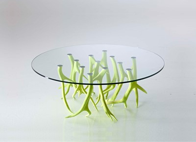 Lot 409 - A contemporary deer antler coffee table
