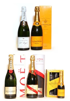 Lot 22 - Assorted non-vintage Champagne, to include: Veuve Clicquot Ponsardin and four various others