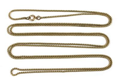 Lot 11 - A yellow metal long chain