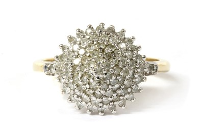 Lot 54 - A 9ct gold diamond cluster ring