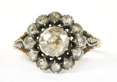 Lot 40 - A Dutch rose cut diamond cluster ring