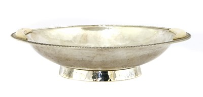 Lot 243 - An ivory-mounted silver bowl