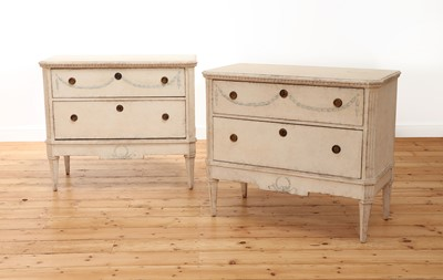 Lot 422 - A pair of French painted commodes