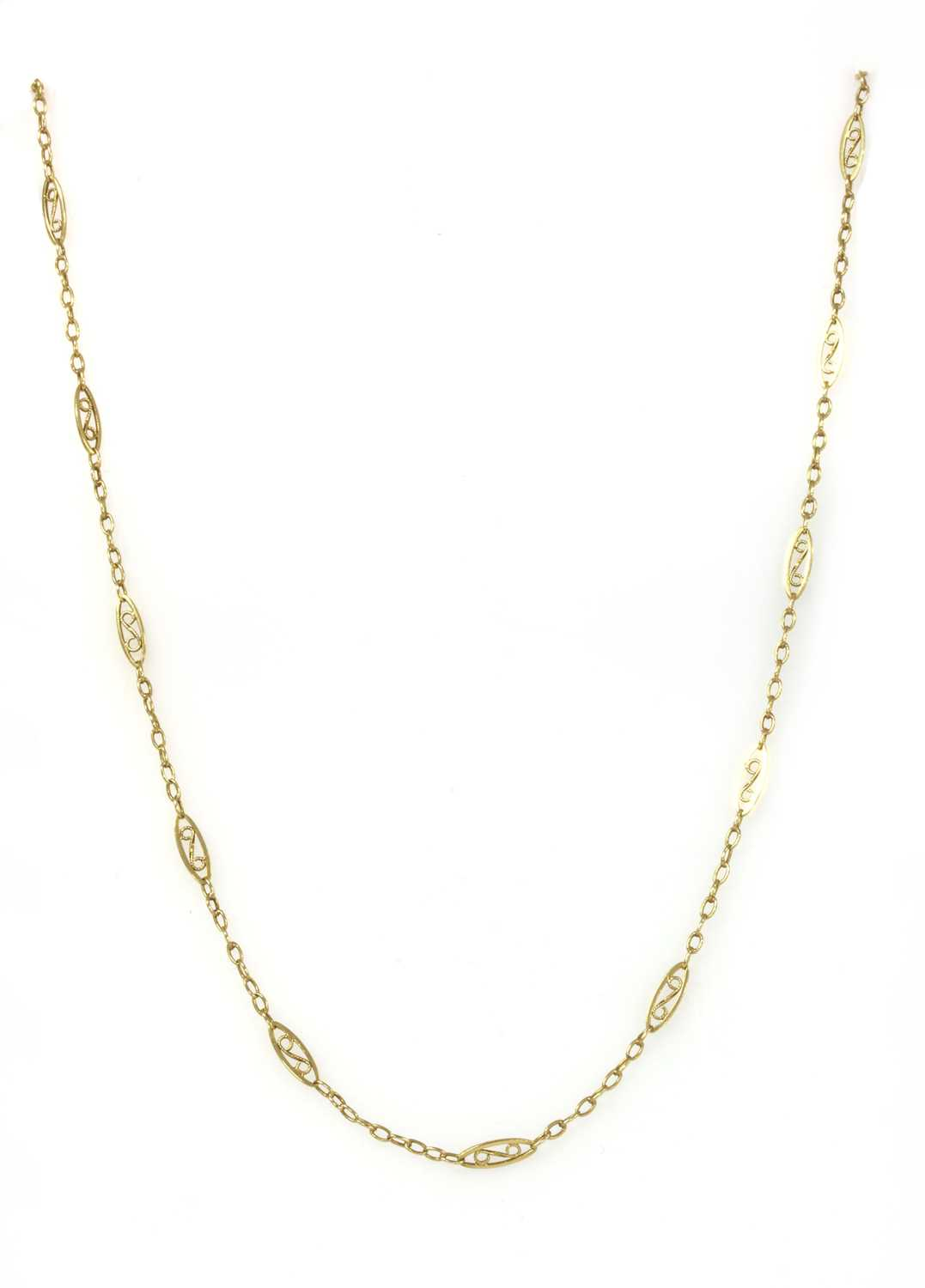 Lot 60 - A French gold chain