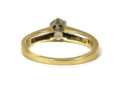 Lot 92 - An 18ct gold single stone diamond ring