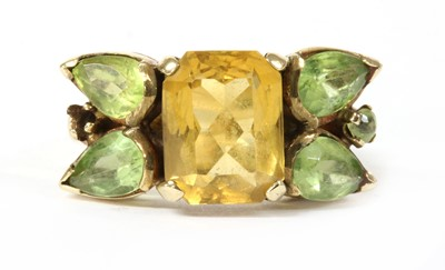 Lot 189 - A gold citrine and peridot ring