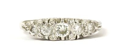 Lot 118 - An 18ct white gold five stone diamond ring